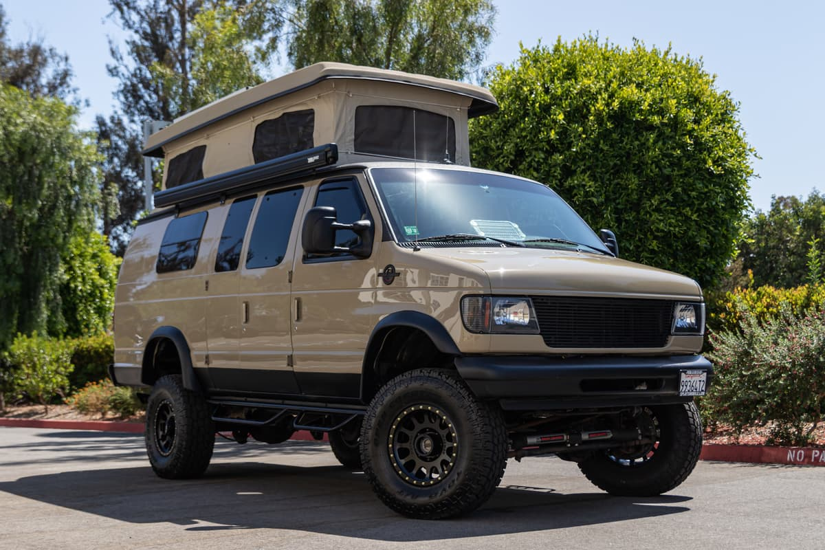 Vandeto with it's camper top deployed.